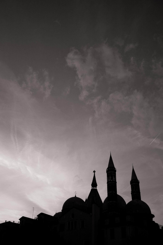 85 · Behind Basilica del Santo Click to view previous post