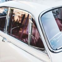 264 · White car
