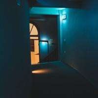 350 · Blue room