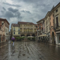 371 · Piazza Chilesotti in the rain